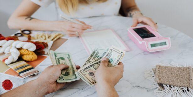 bankkártya helyett készpénzzel
